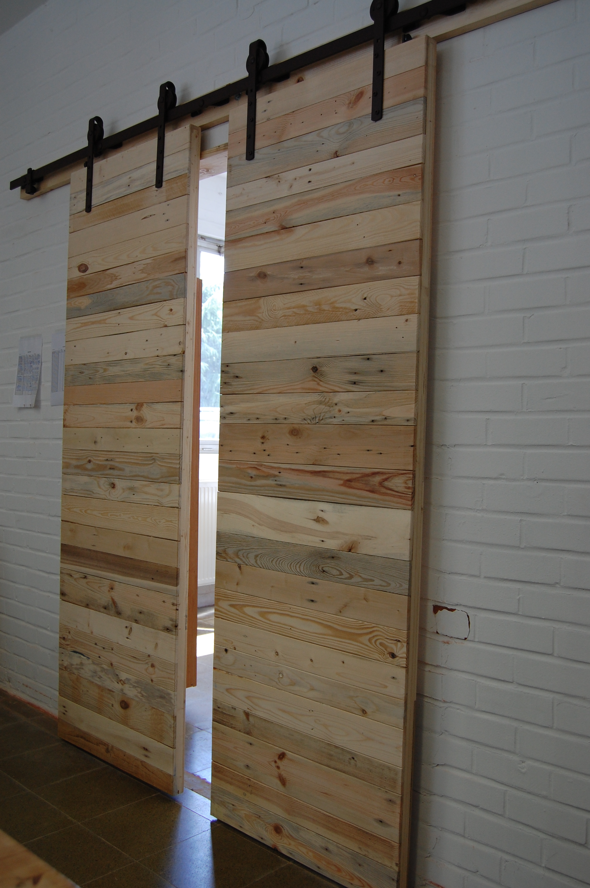 Vieille Porte En Bois Coulissante atelier valor - portes coulissantes bois-métal